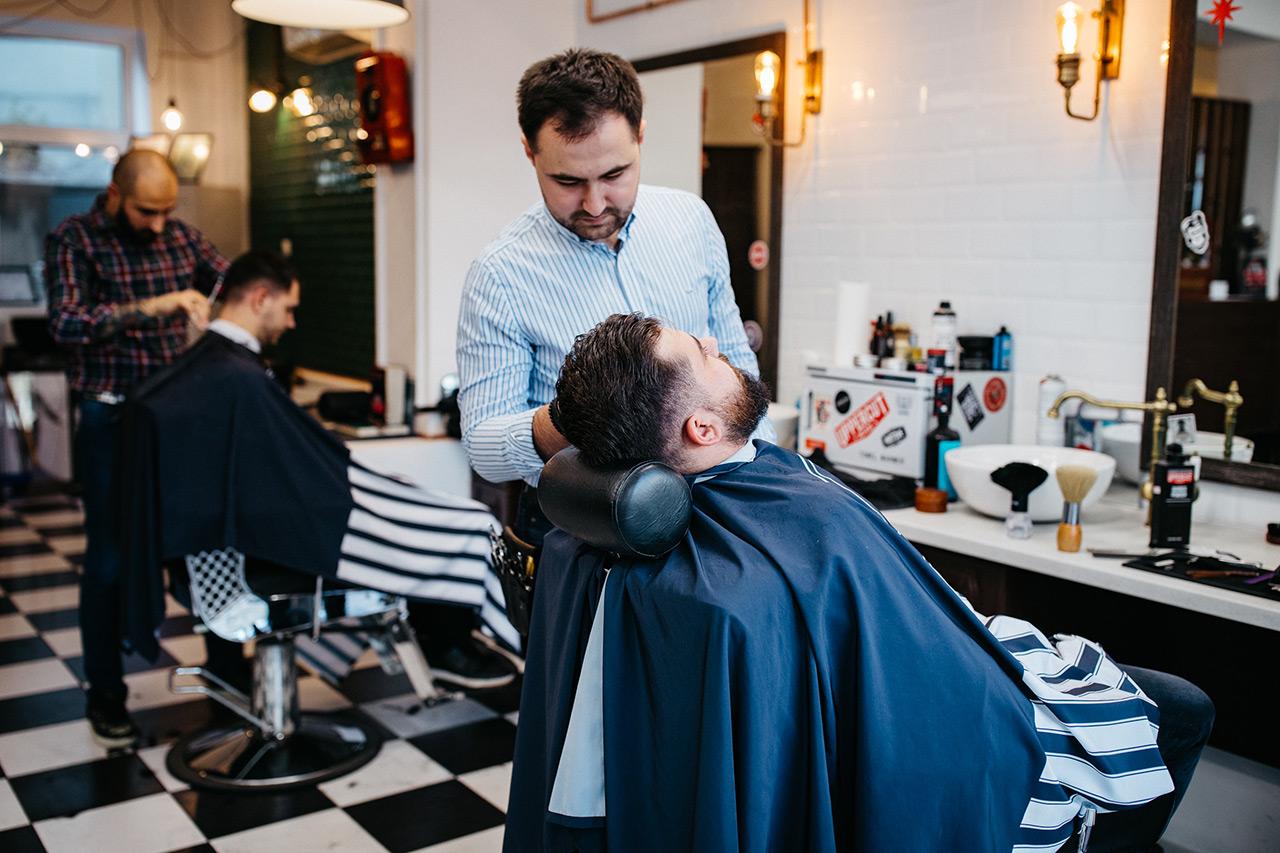 barbershop-barber-frizerie