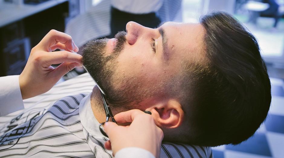sfaturi-pentru-cresterea-stilizarea-si-mentinerea-unei-barbi