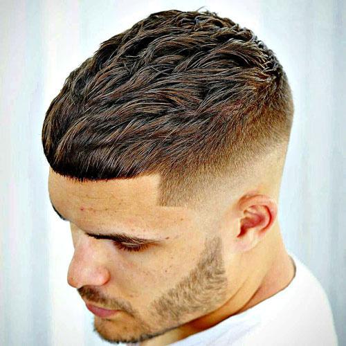 tunsoare-barbati-texture-crop-barber